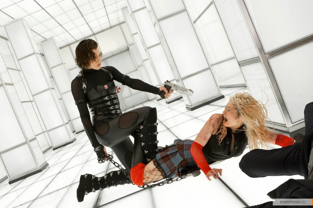 Another Resident Evil Retribution Poster Gives Us More Hot