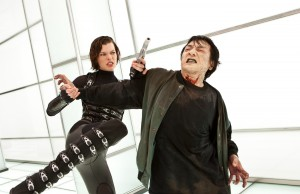 resident-evil-retribution-alice-zombie