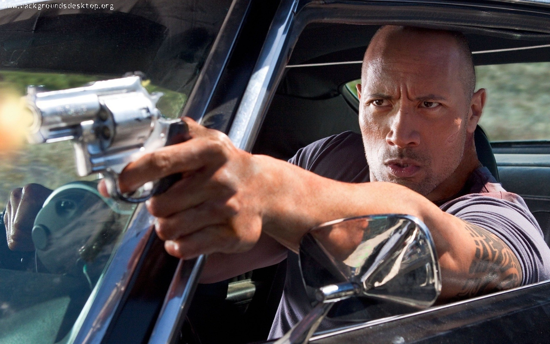 the_rock_in_the_fast_and_the_furious_6-1920x1200