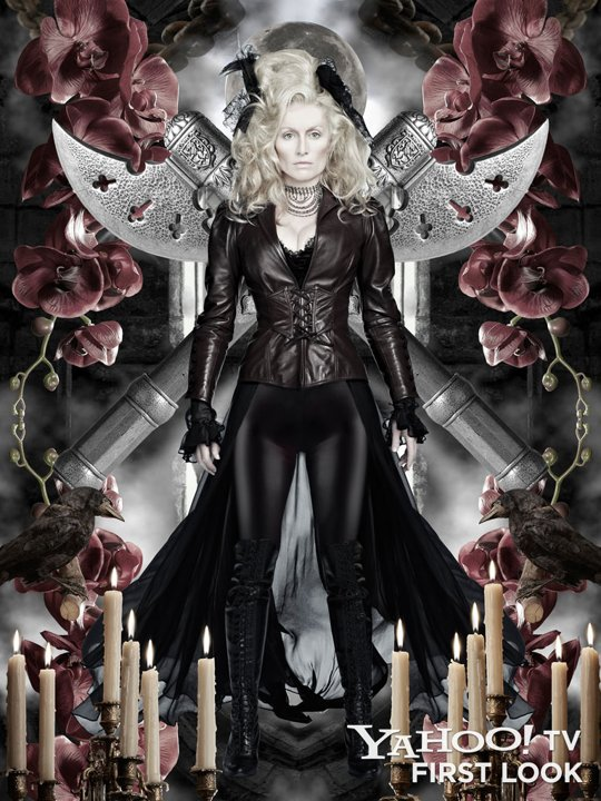Dracula-Victoria-Smurfit-Lady-Jayne-Wetherby-jpg_234315