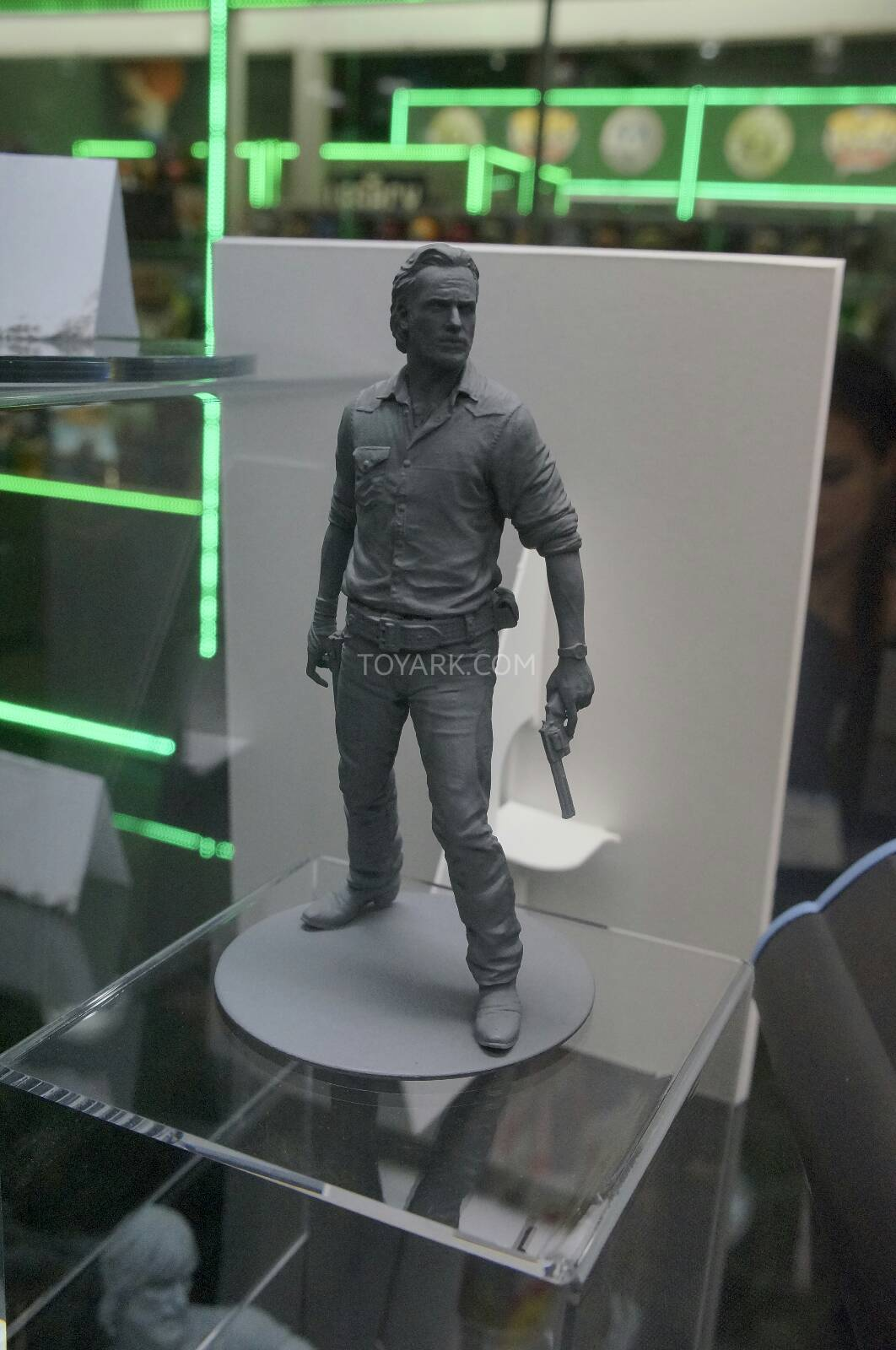 Toy-Fair-2014-McFarlane-Walking-Dead-046