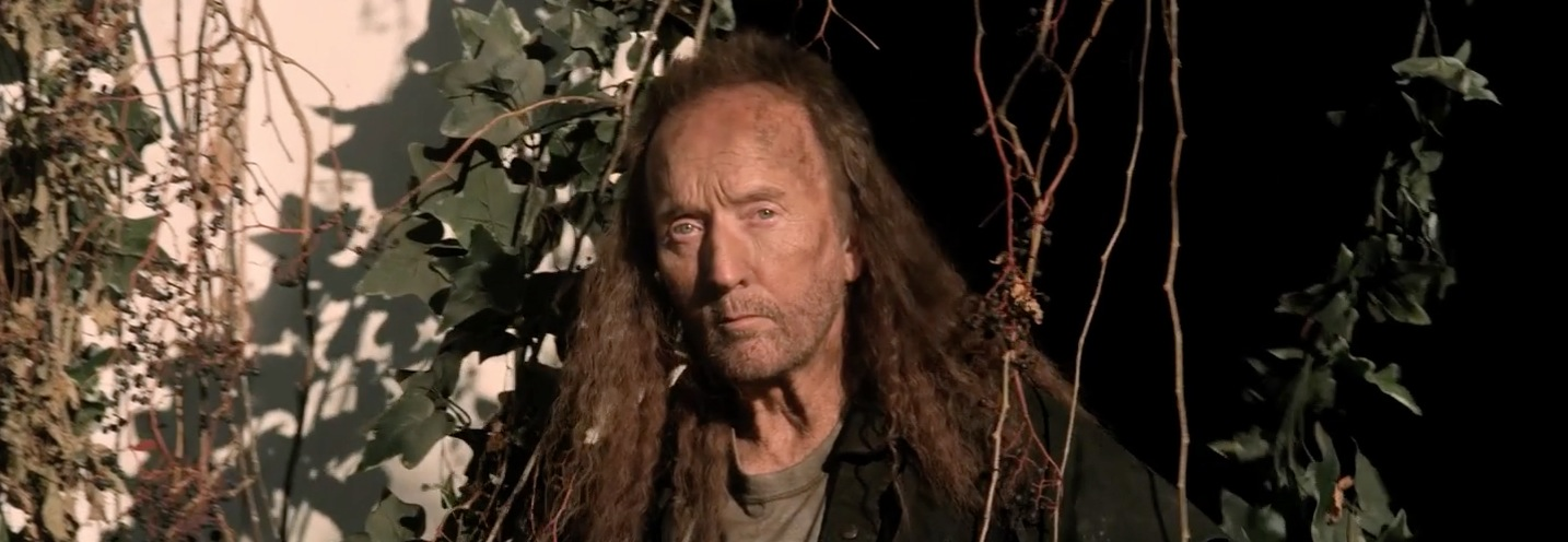 Saw' Star Tobin Bell Has a Wicked Mullet in 'Dark House
