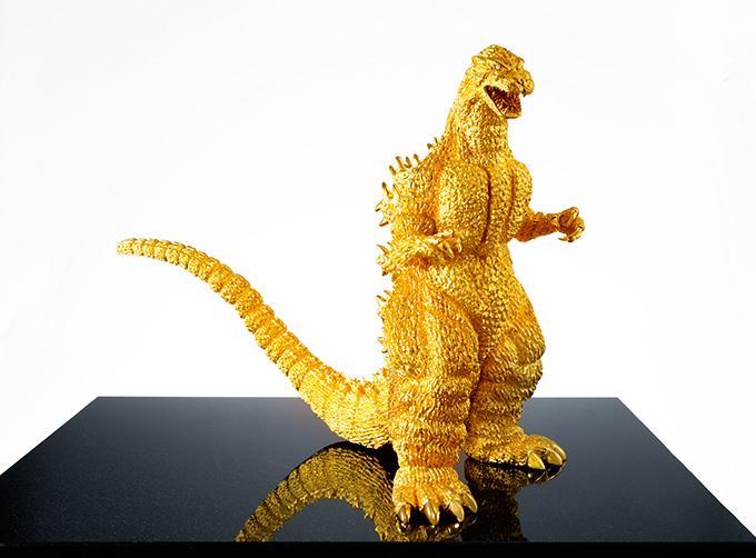 GINZA-TANAKA01 Godzilla 24 karat gold