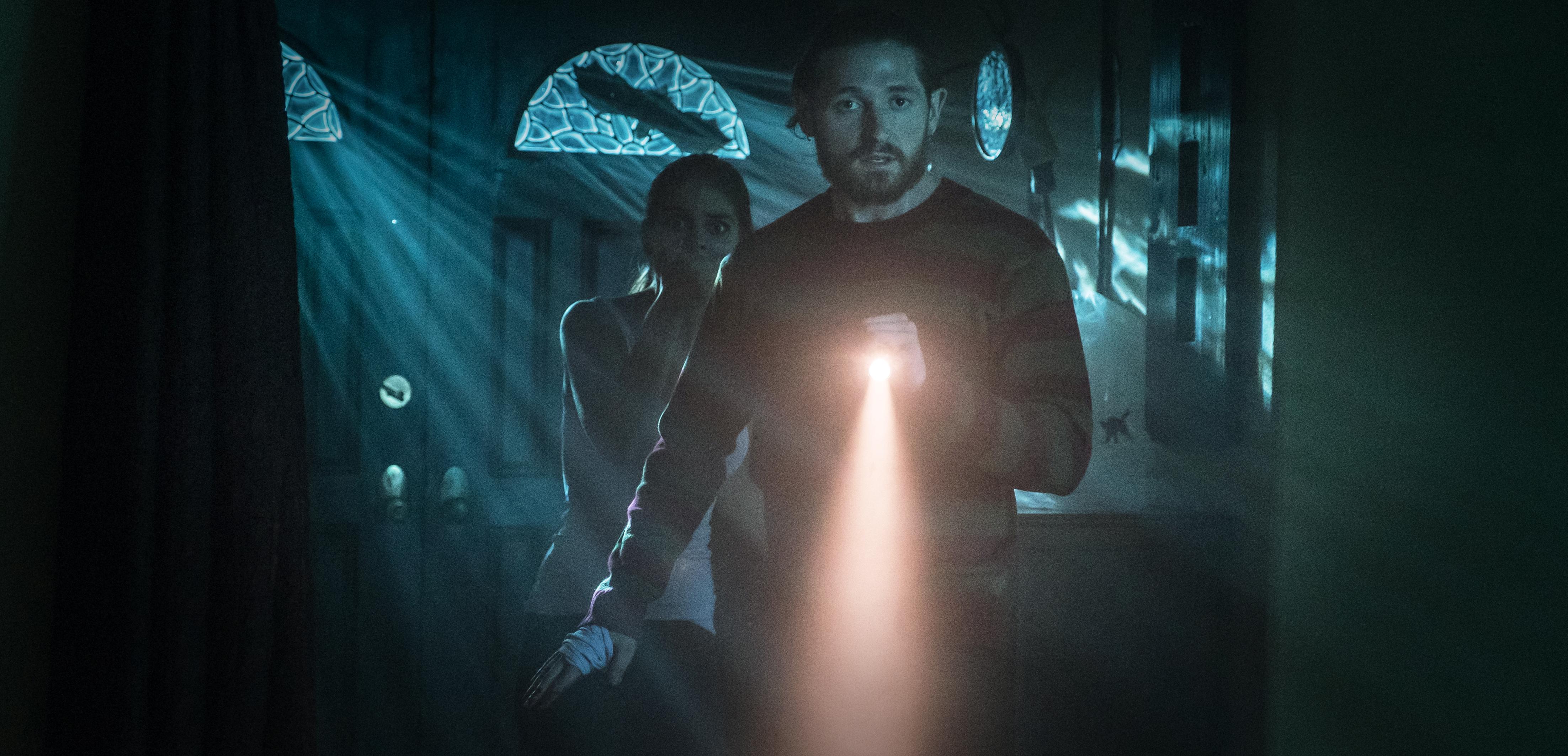 Joe Lindsey Flashlight in FEAR INC