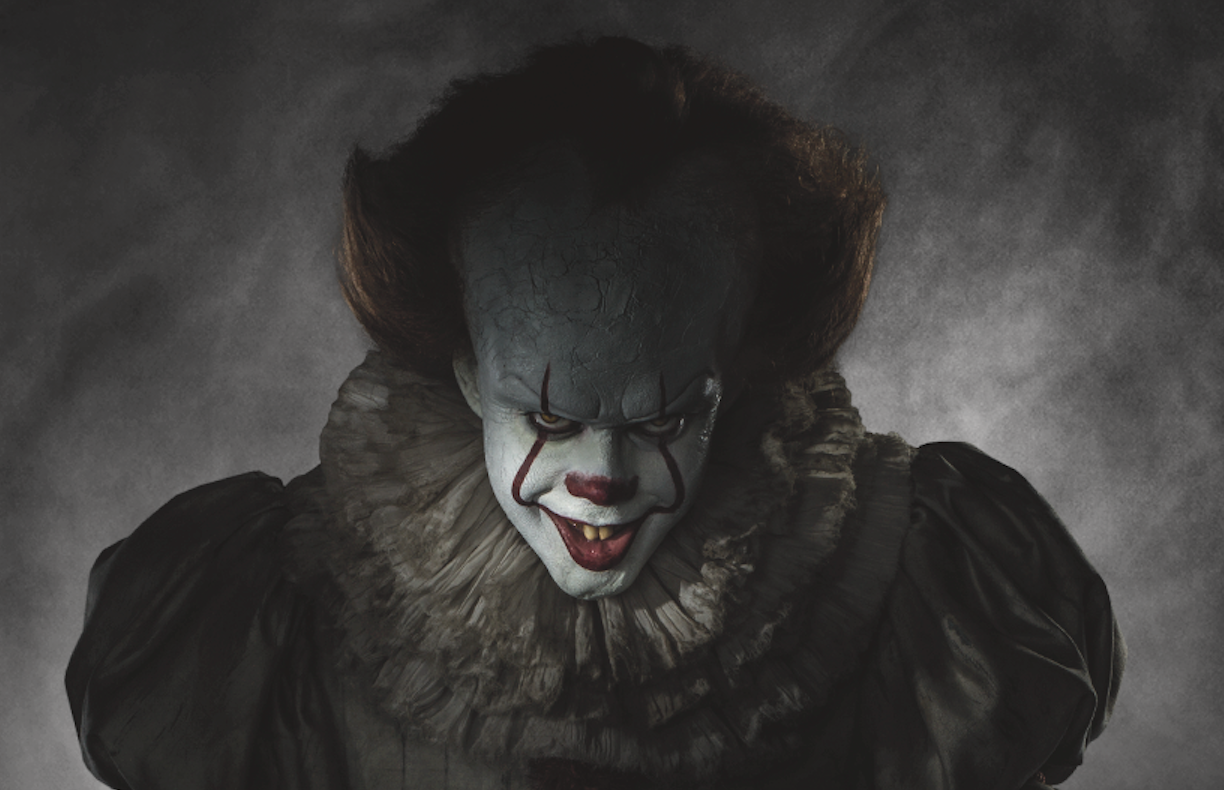 It Here S Pennywise In Full Clown Costume And He S Definitely