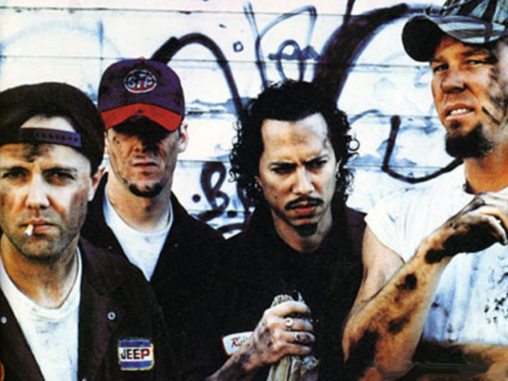 20 Years Ago Today, Metallica Trolled the Shit Out of MTV - Bloody