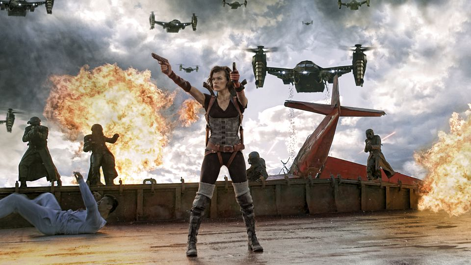 Alice S Top 5 Most Badass Moments From The Resident Evil Films