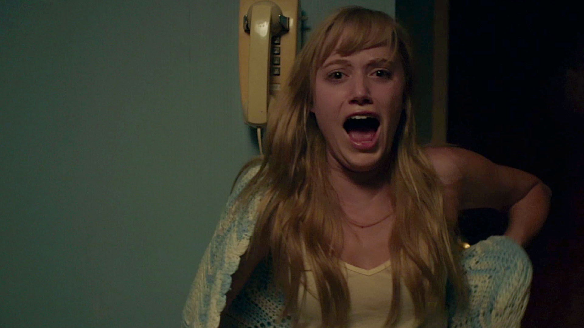 It Follows Breakout Maika Monroe Joins Neil Jordan S