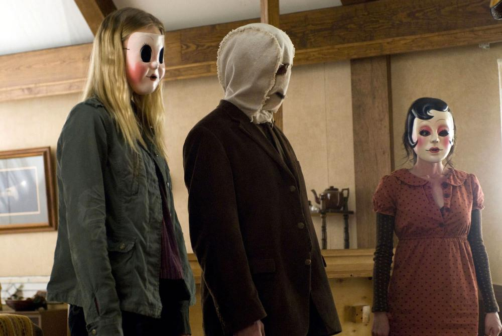 THE STRANGERS from left Gemma Ward Kip Weeks Laura Margolis 2008  sc 1 st  Bloody Disgusting & Full Details for u0027The Strangersu0027 Remastered Collectoru0027s Edition ...
