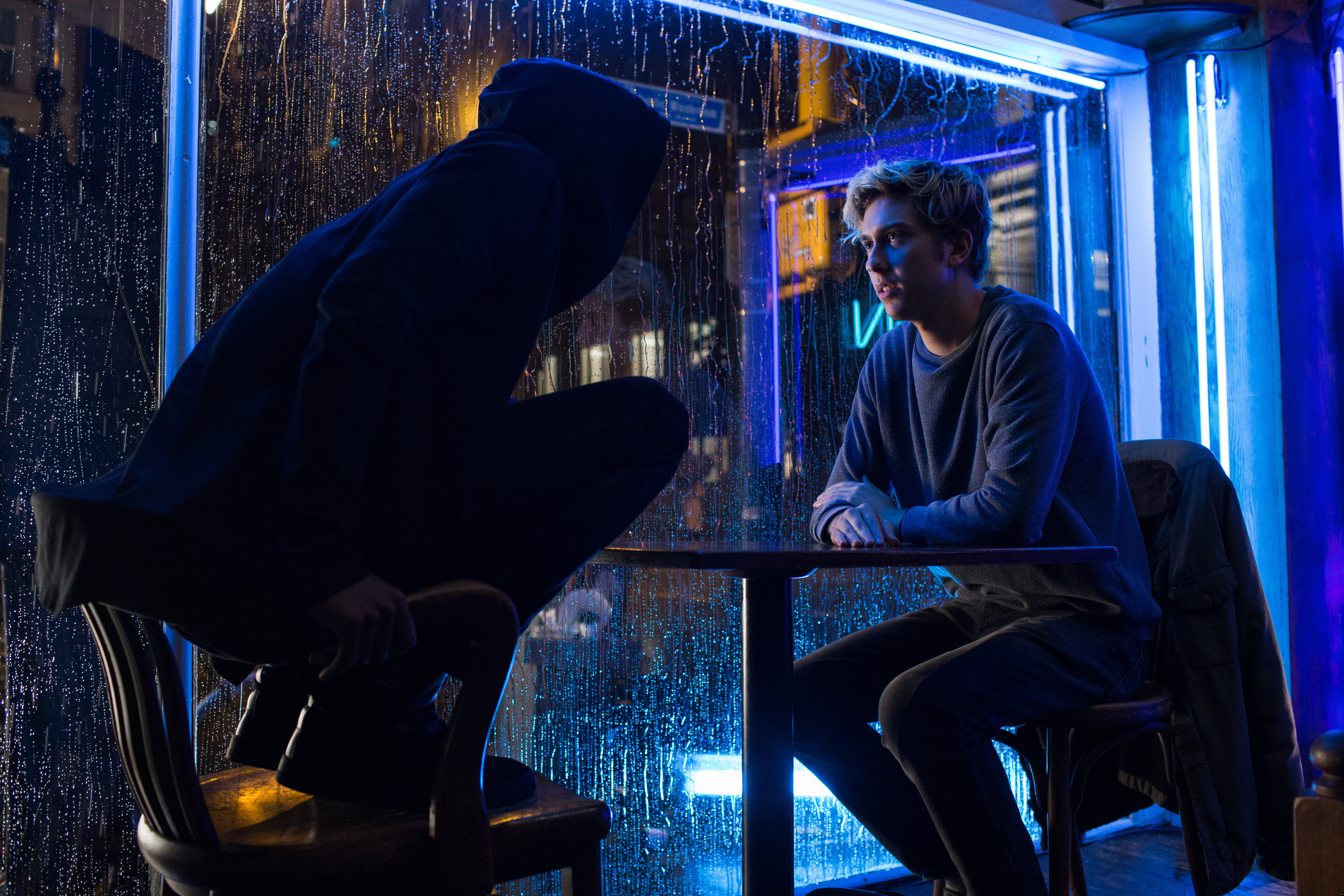 Review] Adam Wingard\'s \'Death Note\' Verges on Greatness - Bloody ...