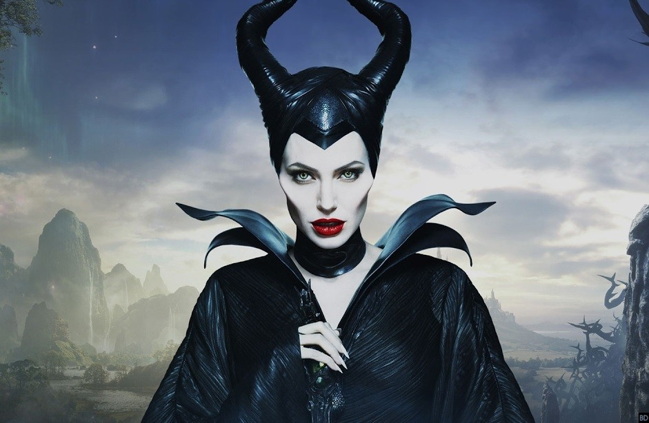 Angelina Jolie Returns In Maleficent Mistress Of Evil