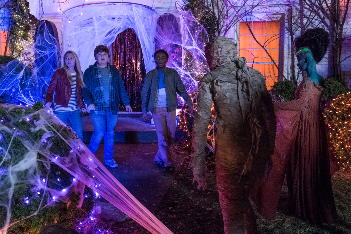 Review Goosebumps 2 Haunted Halloween Offers An
