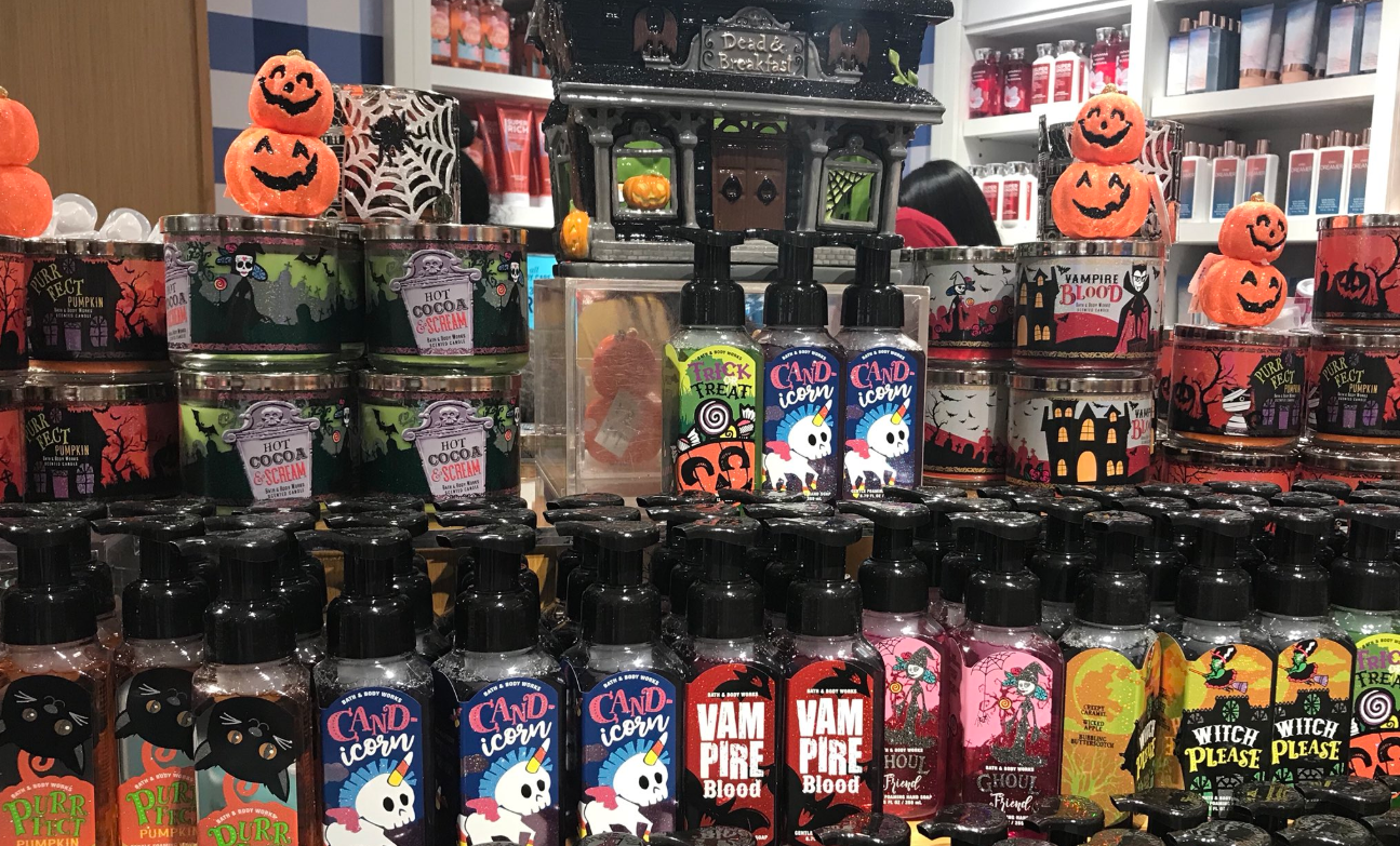Bath And Body Works Halloween 2018 Collection Brings All The Deliciously Spooky Scents Bloody Disgusting