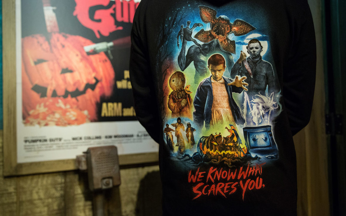 the halloween horror nights 2018 merchandise has been revealed and