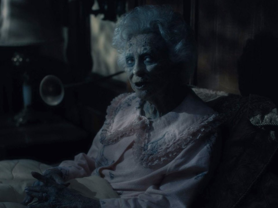 Teaser Mike Flanagan S The Haunting Of Hill House Returns To Netflix With New Chapter In 2020 Bloody Disgusting