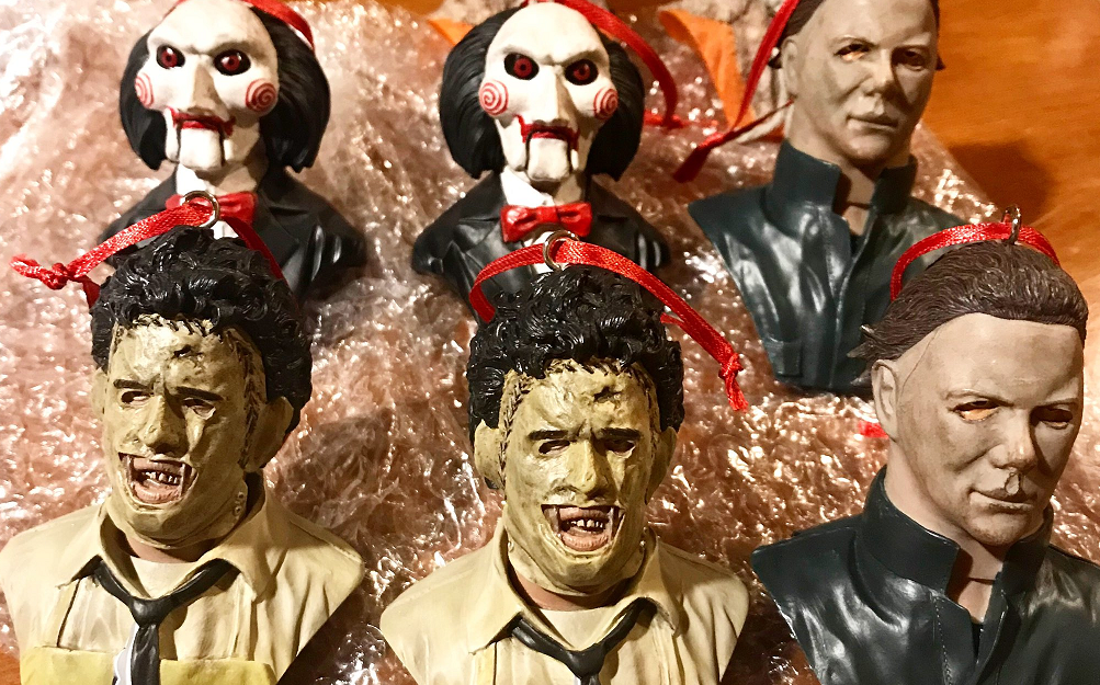 Horror Christmas Ornaments.Trick Or Treat Studios Fusing Halloween And Christmas With