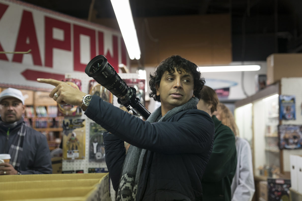 "M. Night Shyamalan Outlining New Movie With a ""Fun Sci-fi Bent"""