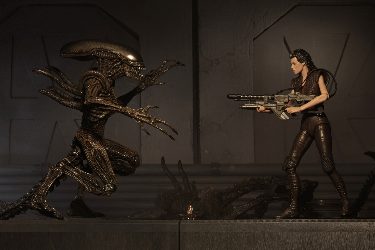 NECA Shows Off Ripley Clone and Xenomorph Figures from Their
