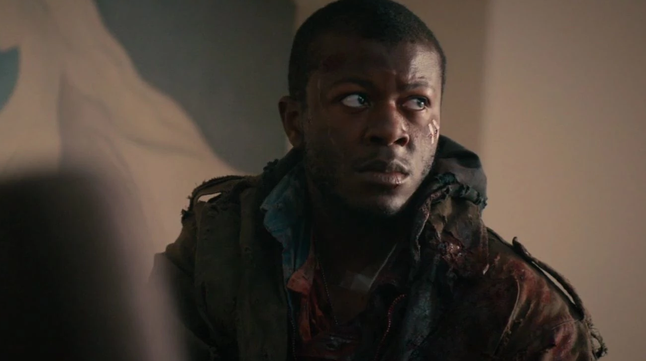 """Edwin Hodge and Mallory Jansen Head into the Bermuda Triangle for ABC Pilot  """"Triangle"""" - Bloody Disgusting"""