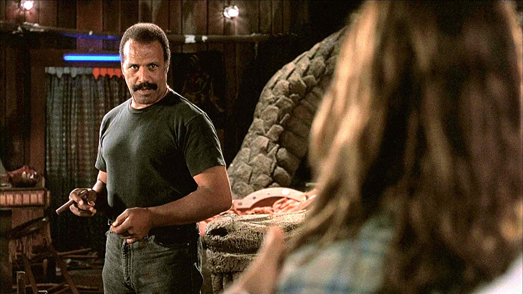 Fred Williamson, William Sadler, Martin Kove and More Join Stephen Lang in Horror Film 'V.F.W.'