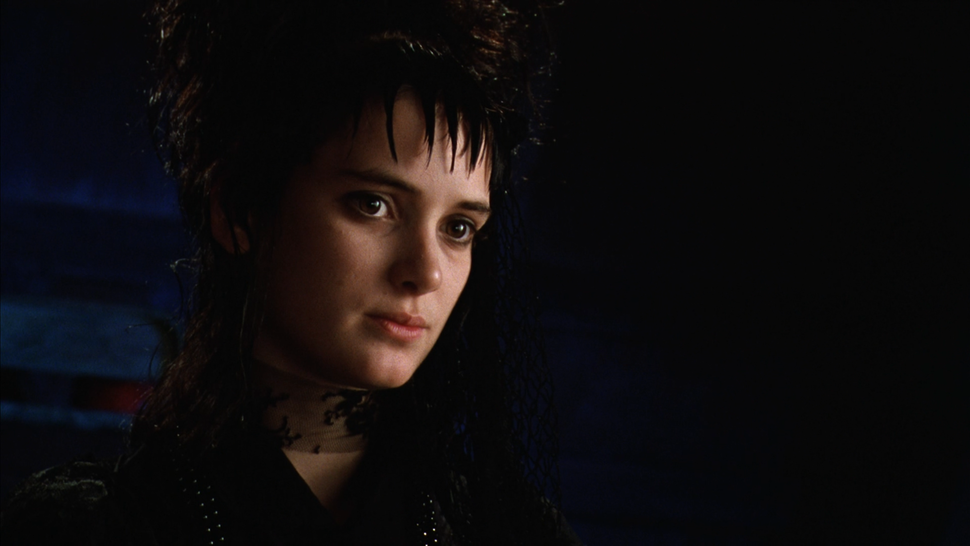 Why Lydia Deetz from 'Beetlejuice' is Forever My Goth Girl Hero ...