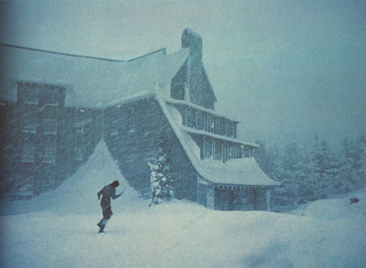 Resultado de imagen para winter storm and small hotel