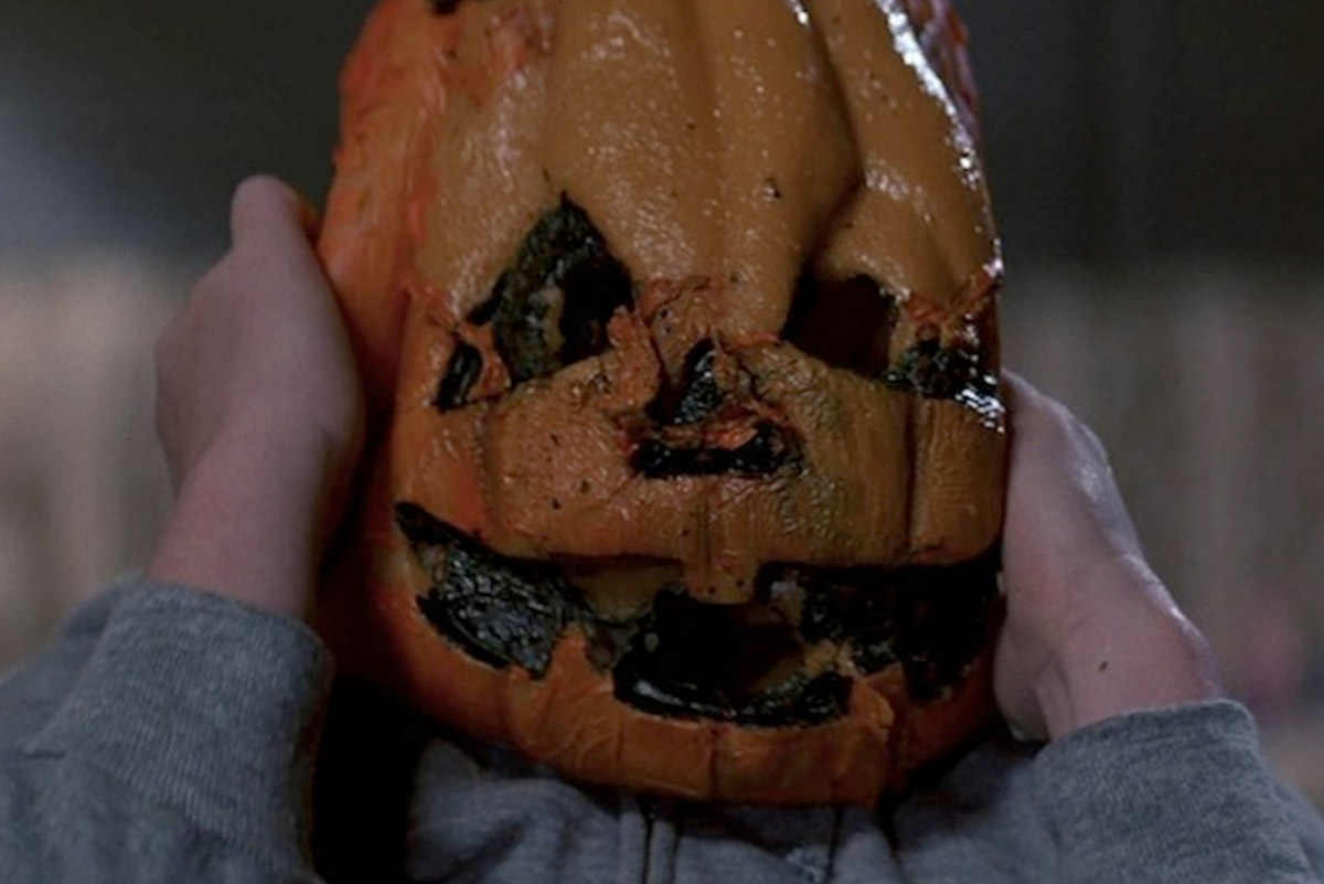 [Podcast] Knight Light: A Horror Movie Podcast Celebrates 38 Years of 'Halloween III: Season of the Witch'