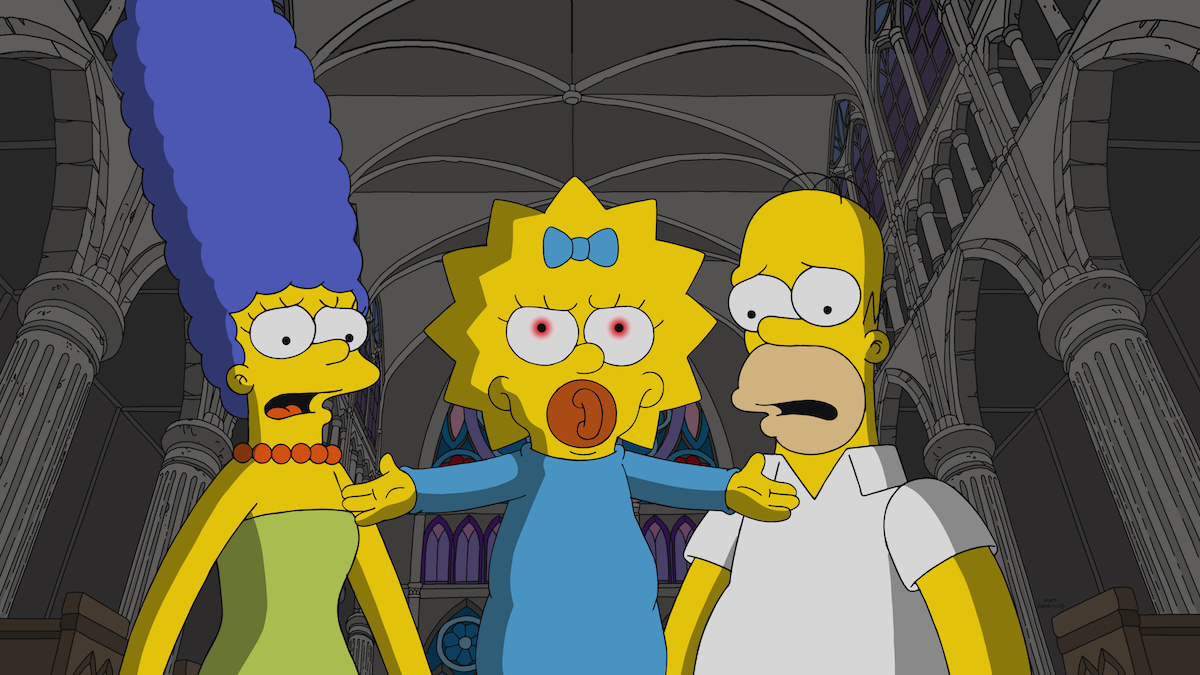 The Simpsons Watch The Omen Inspired Opening Scene From