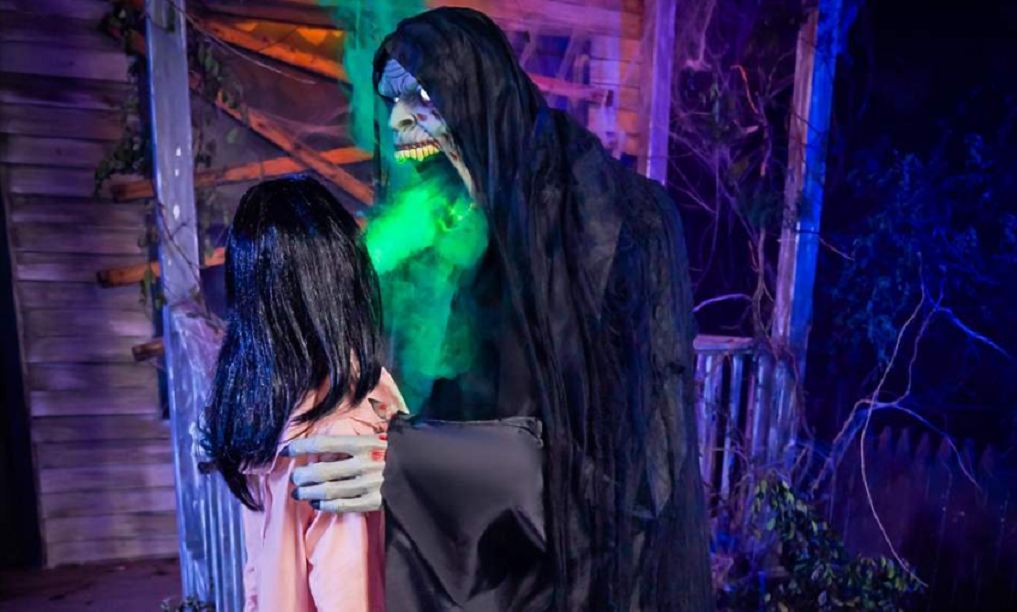 "Spirit Halloween's 6-Foot ""Harvester of Souls"" Animatronic is One of This Year's Coolest New Decorations"