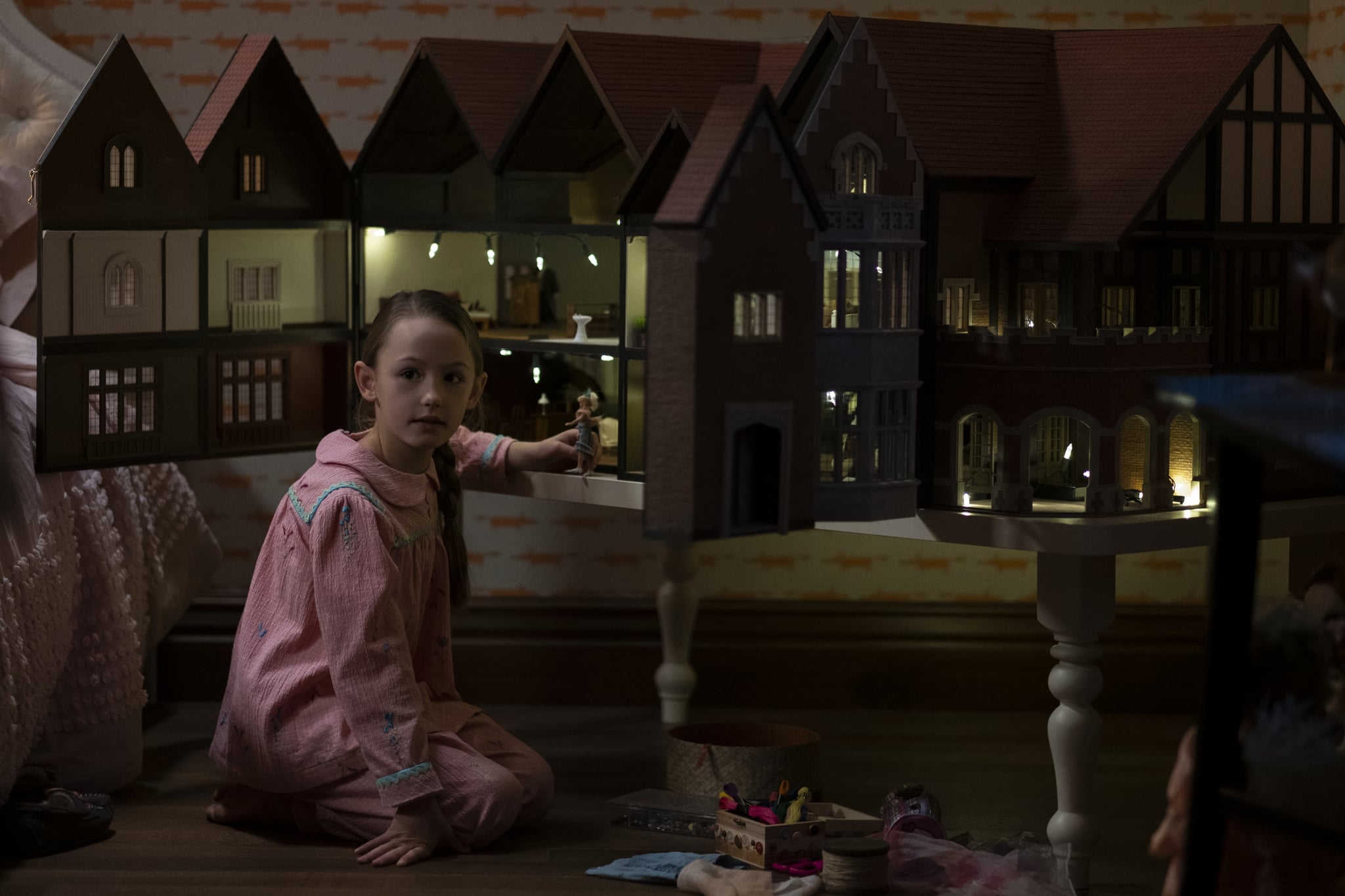 """The Haunting of Bly Manor"""": Unlocking Secrets and Finding Hidden Ghosts  with Mike Flanagan - Bloody Disgusting"""