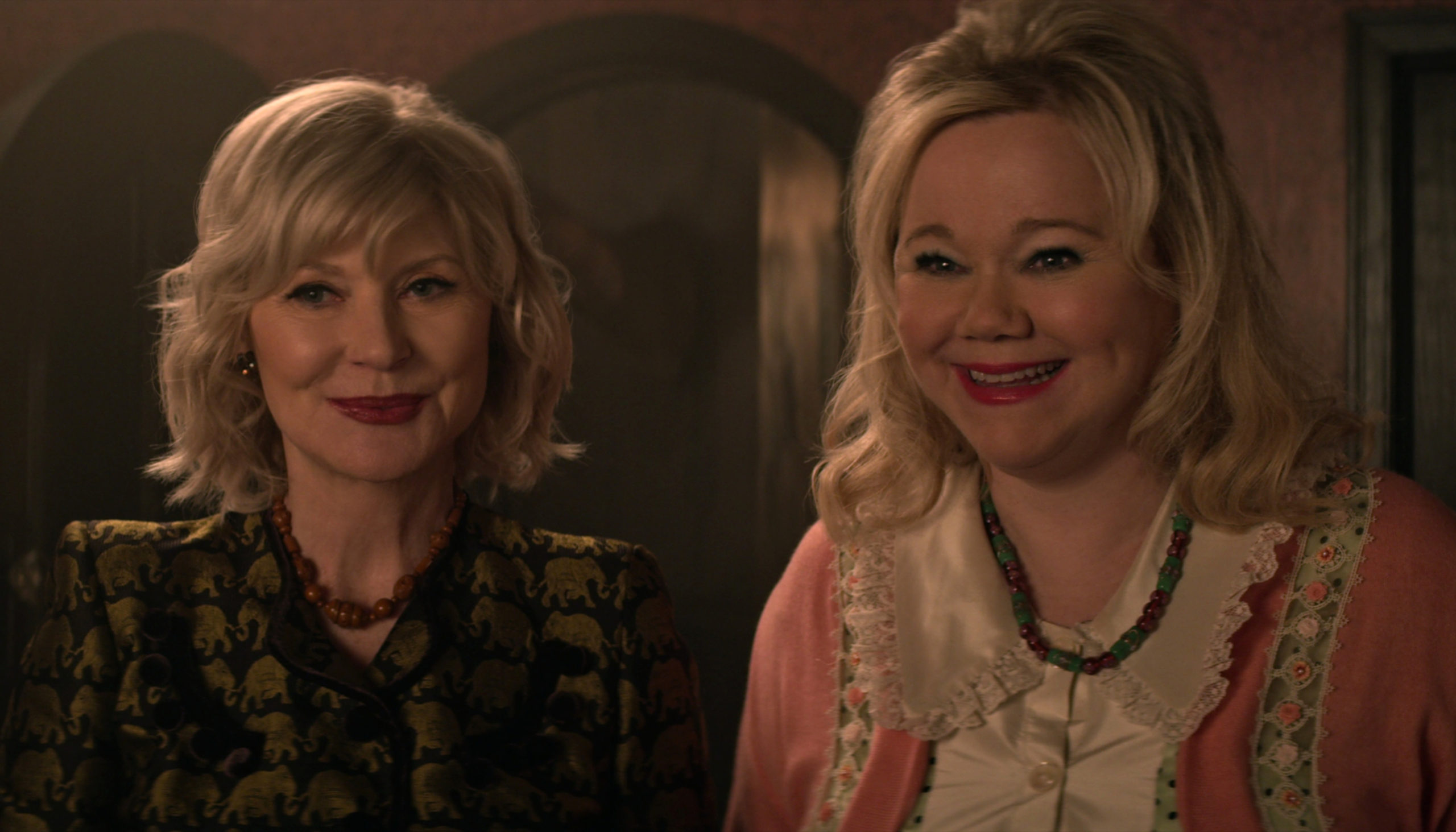 """Original Aunts from the '90s """"Sabrina"""" Series Will Appear in """"Chilling Adventures of Sabrina""""! [Video] - Bloody Disgusting"""